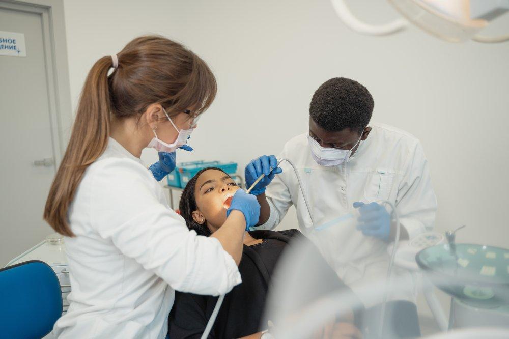 Sollentunas bästa tandläkare med personal